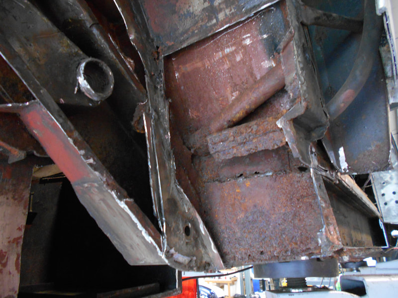 Aston Martin DB6 Volante Restoration -right hand rear suspension point excessive corrosion to be addressed